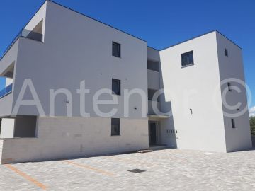 Apartment by the sea, Sale, Nin, Nin